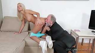 Czech hottie Joleyn Burst fucked by Pavel Terrier