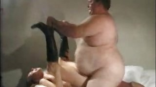 Young Girl Fucks an Fat Old Man
