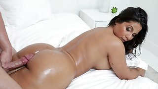 Rose Monroe enjoys every sex pose anent say no to day on transmitted to bed