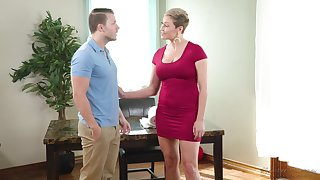 Hot order about to the utmost MILF Ryan Keely gives a fantastic deepthroat blowjob