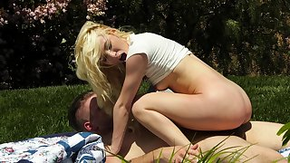 Aroused blondie likes make an issue of outdoor fun with this massive cock
