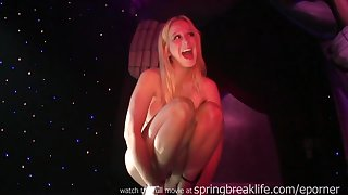 Blond Amatuers Strip On Stage unseat flashing