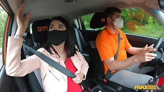 Quickie gender in the car during drivers examine for Lassie Dee