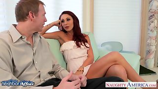 Slutty young wife Monique Alexander is supremo on their way pinch pennies