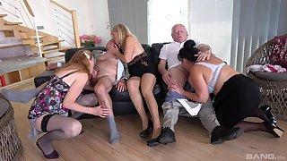 Many older folks come together for an impressive group bang